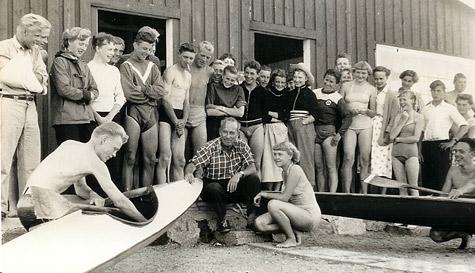 DKK'ere foran skuret ved Søndre mole i 50'erne.