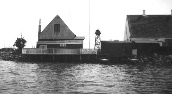 Klubbens første klubhus bag Greisens skibsprovianthandel.