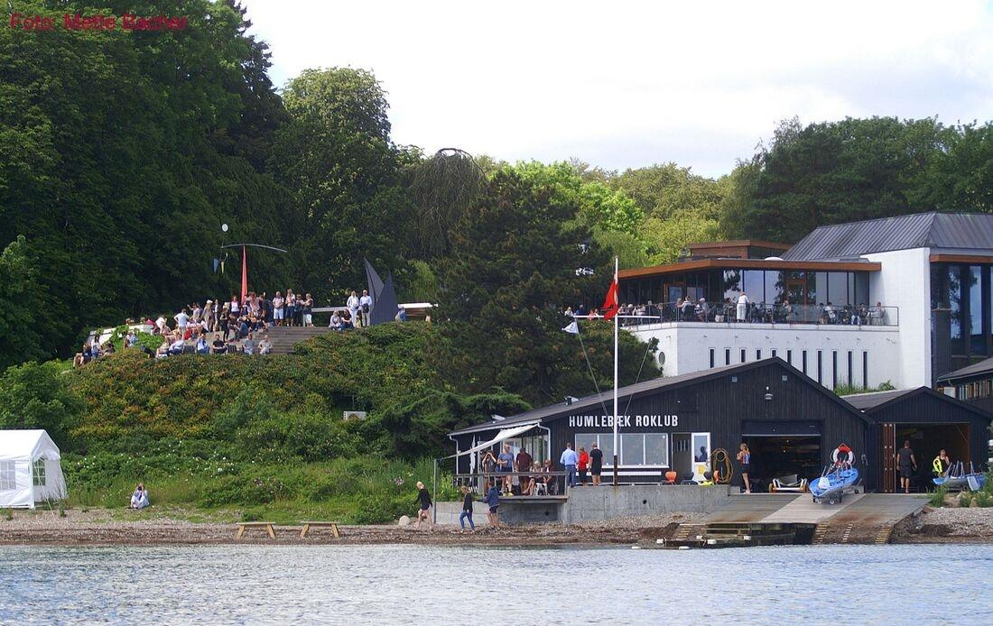 Klubhuset set fra havsiden