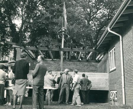 I 1941 invies det nuværende klubhus. 20 år senere, i 1961 udvides klubhuset med en inspektørbolig.